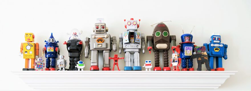 Flexibility and persistence: a trade-off fit for robots