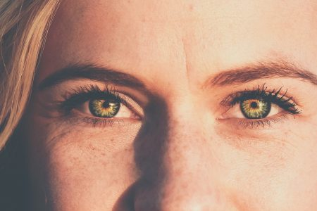 It's all in the eyes: How transcutaneous vagus nerve stimulation (tVNS) promotes sociability